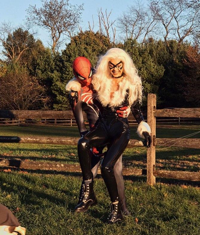 Gigi Hadid e fidanzato Halloween vip