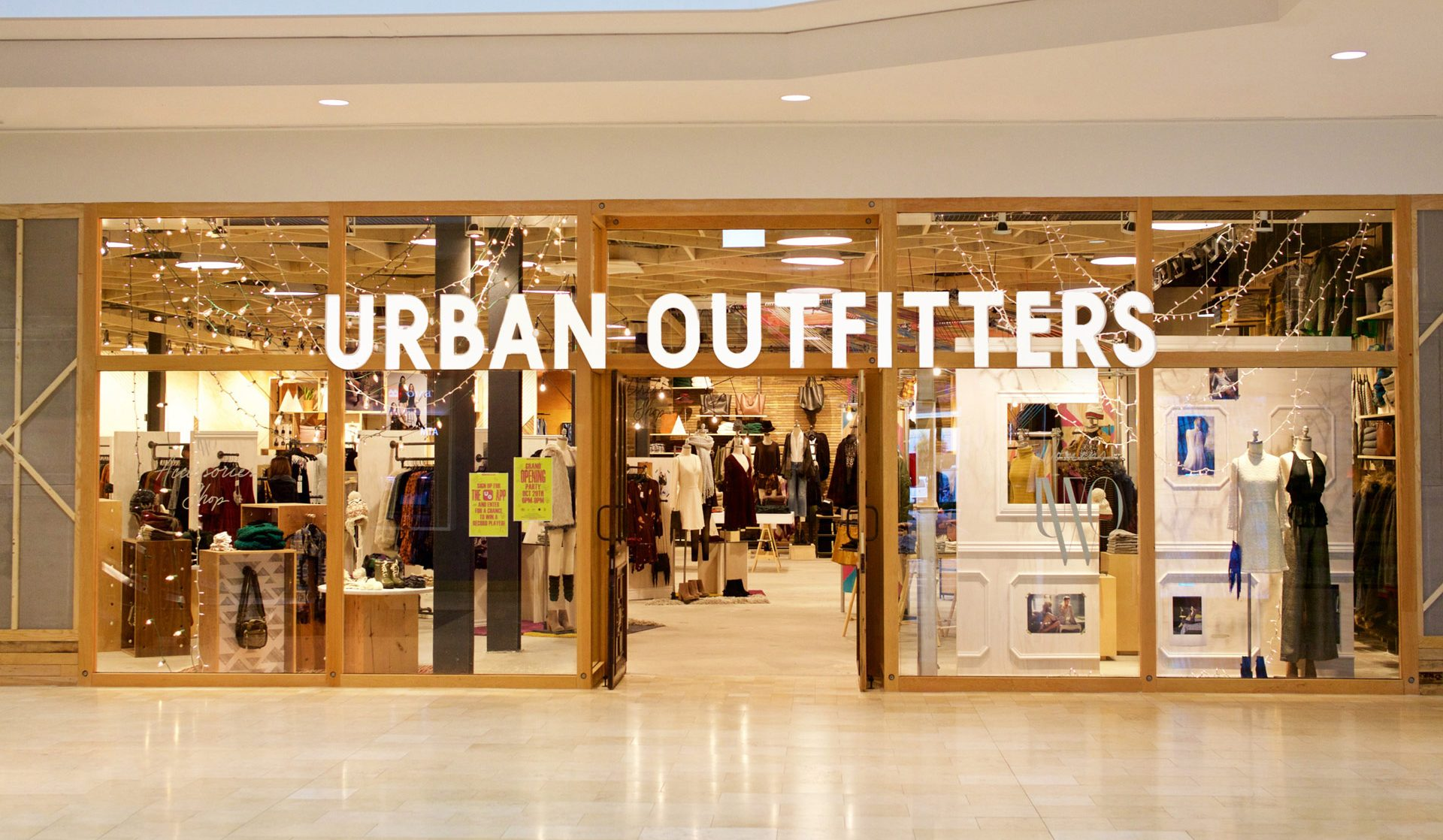 urban outfitters apre a Milano