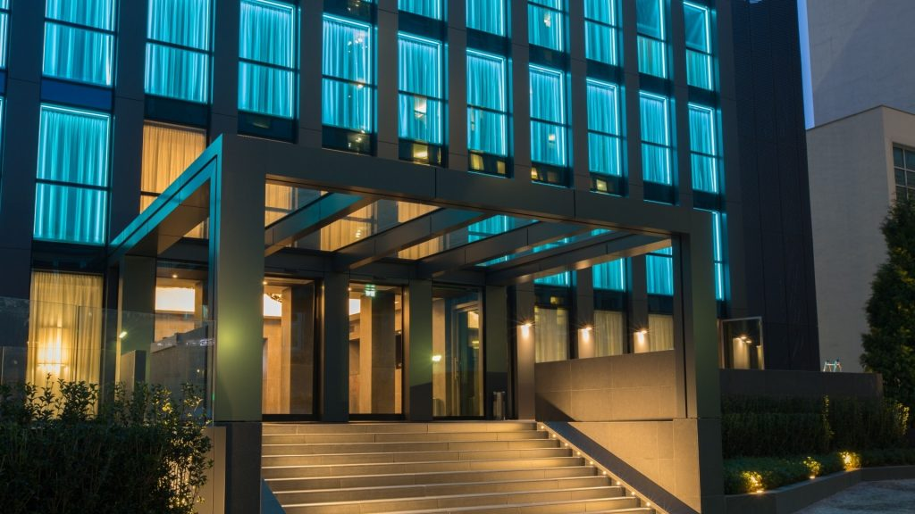 La Gare Hotel / Rooftop Party | YOUparti
