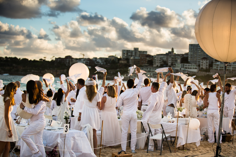 Milano White Week 2018 | YOUparti MILANO nh moscova savini gud harbour club aspria aperitivo abbronzatissimi