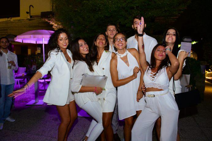 White Pool Party / Milano White Week | YOUparti harbour club aspria