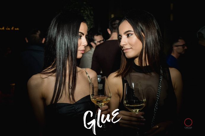 GLUE Milan Fashion Week ft. Lippstick | YOUparti circle milano friday free venerdì gratis