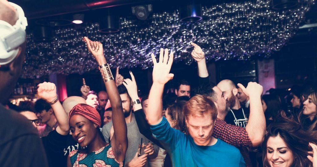 GLUE meets LIPPSTICK | YOUparti circle milano free gratis friday venerdì house music