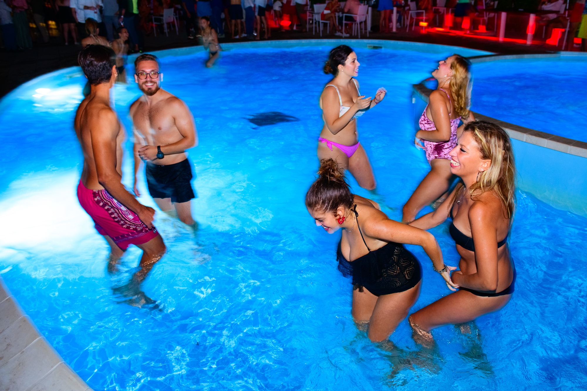 Pool Party at Harbour Club   Rouge Carrousel   YOUparti