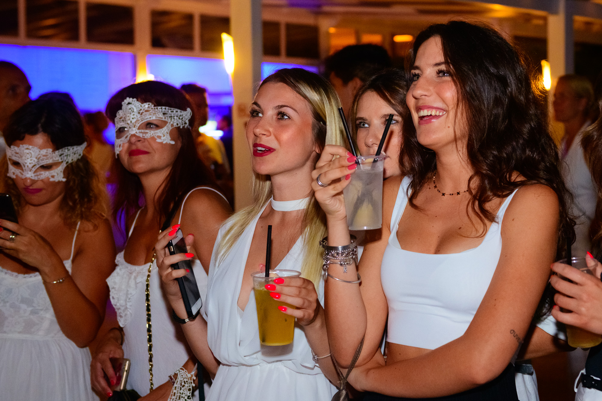 MAGIC WHITE Pool Aperitif by Redbull at Harbour Club | YOUparti