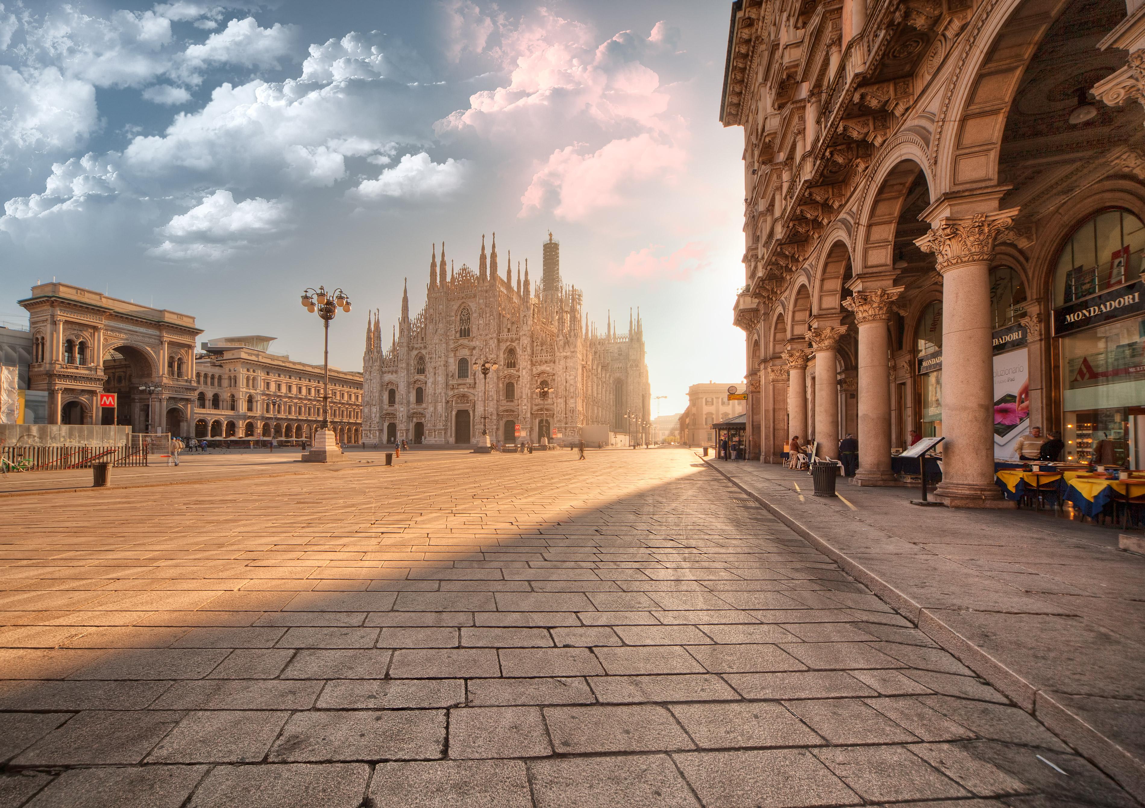 Con il sole Milano prende vita