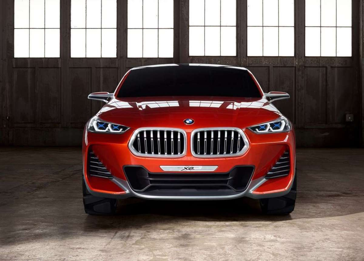 BMW X2 MILANO evento youparti musica party concept
