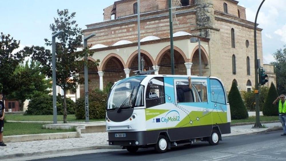 bus senza autista a Milano