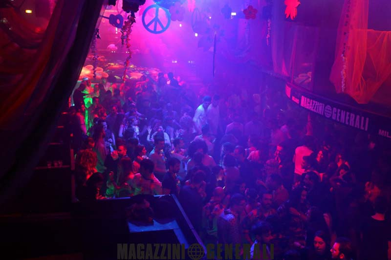 THE FLOWER POWER OFFICIAL PARTY | YOUparti