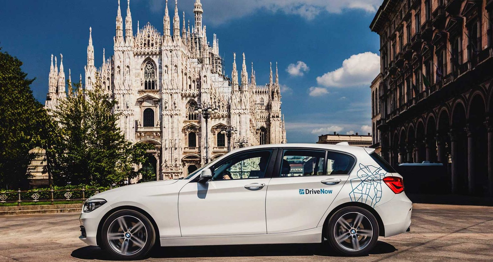 Car Sharing record a Milano