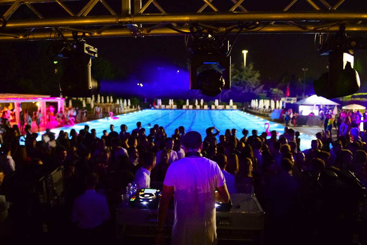 Notte Rosa at Harbour Club | YOUparti