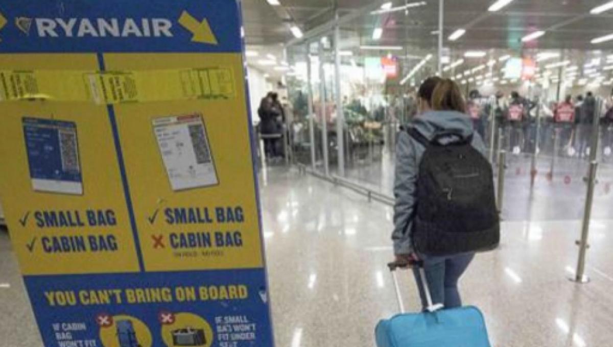 Ryanair bagaglio a mano a pagamento