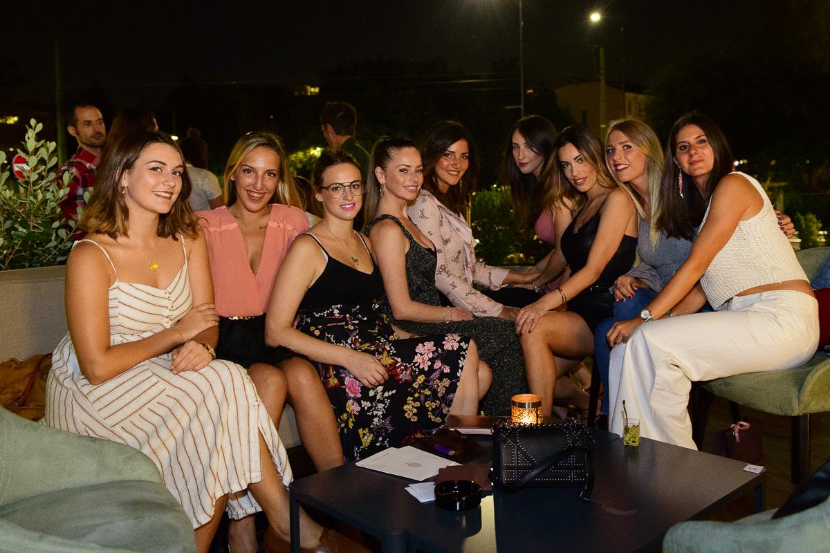 Dress White and Eat Truffle / Milano White Week | YOUparti nh moscova milano savini tartufi