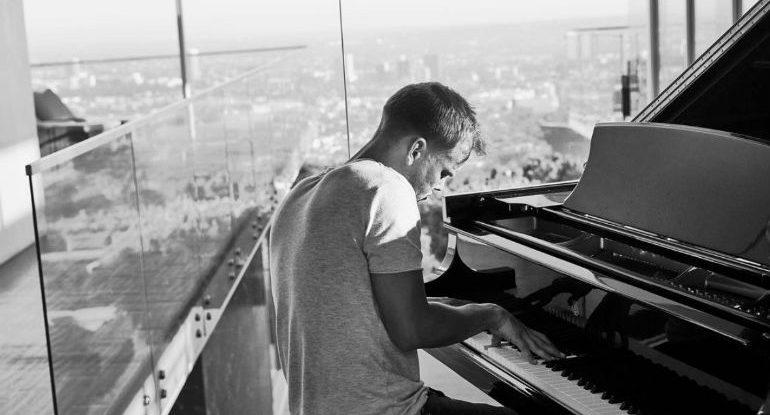 Avicii pianoforte