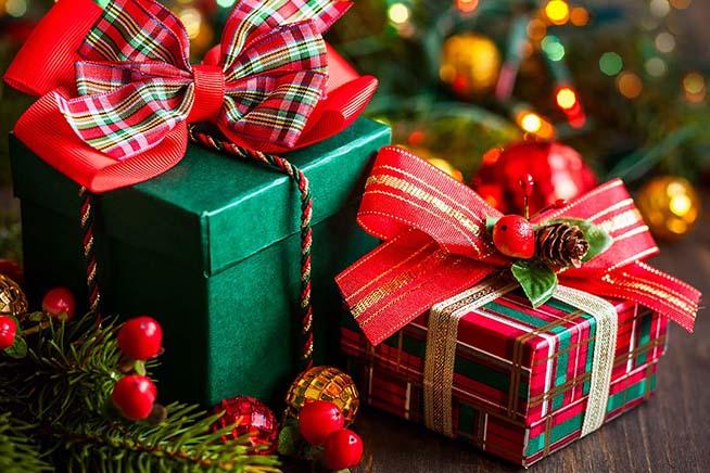 Un Bel Regalo di Natale in Arrivo! EccoviStefano Fontana aka Stylophonic Ogni anno l'arrivo del Natale porta con se tanti regali e questa volta abbiamo deciso di farne uno musicale a tutti i nostri fedelissimi amici di YOUparti! Avremo l'onore di ospitare STEFANO FONTANA aka STYLOPHONIC!