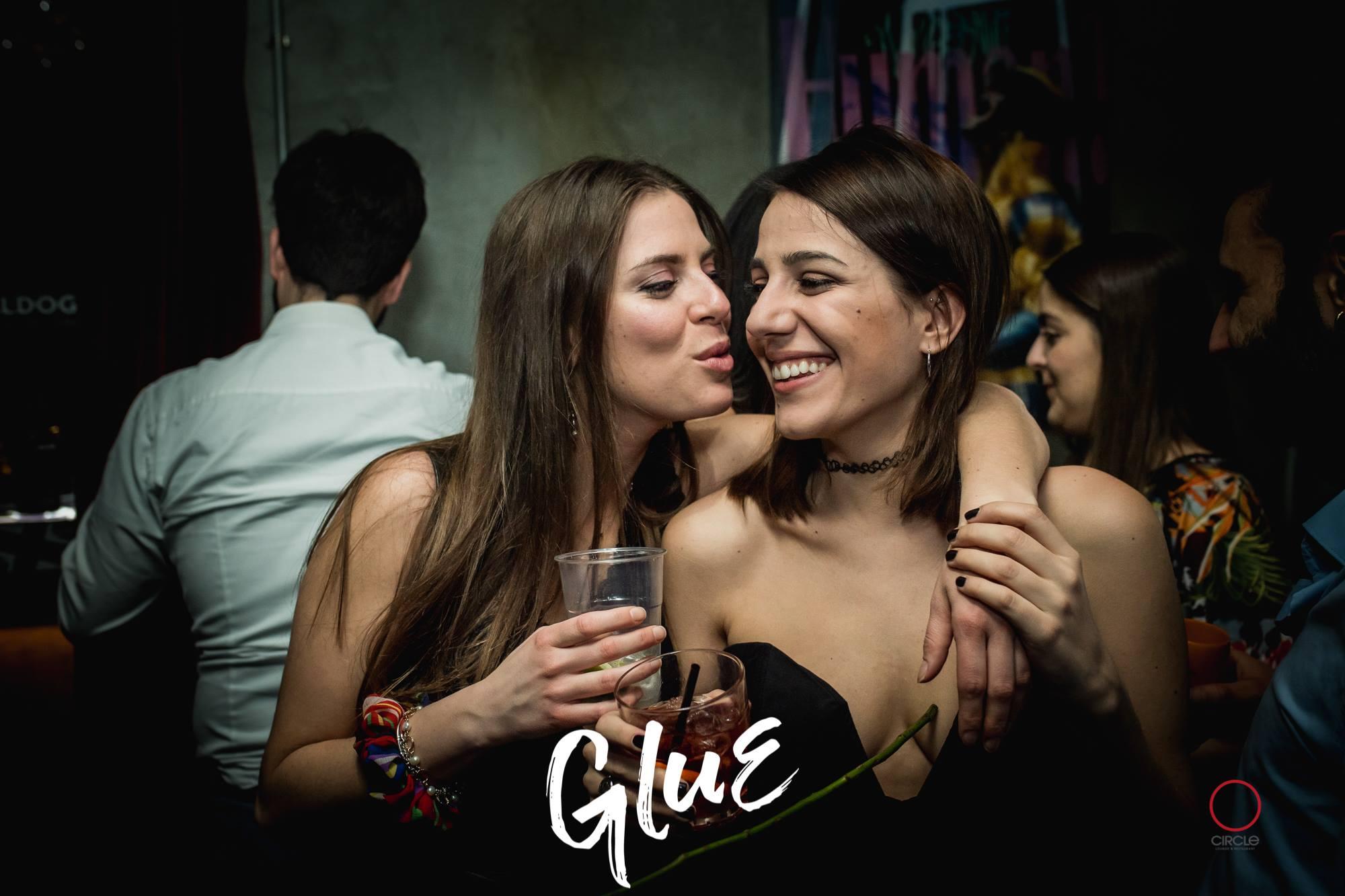 GLUE Milan Fashion Week ft. Lippstick | YOUparti circle milano friday free venerdì gratis