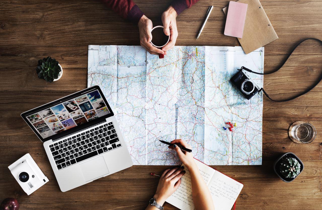 FlyKube la start up che vi manda in vacanza con destinazione a sorpresa