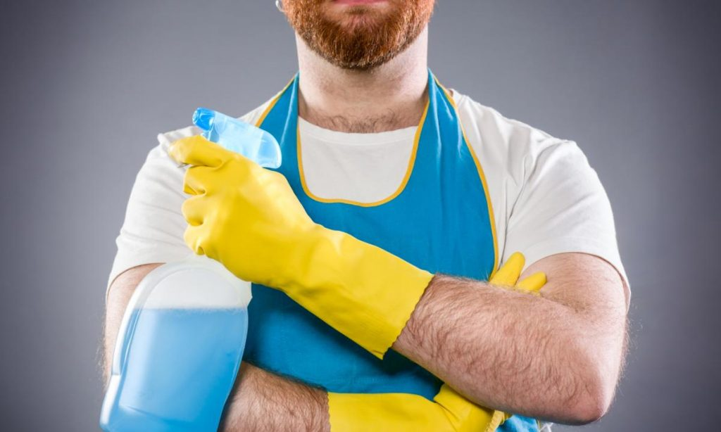 Gli uomini casalinghi aumentano