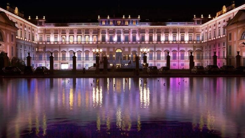 Villa Reale di Monza   Formula 1 GP Party   YOUparti vennelli venus mercedes