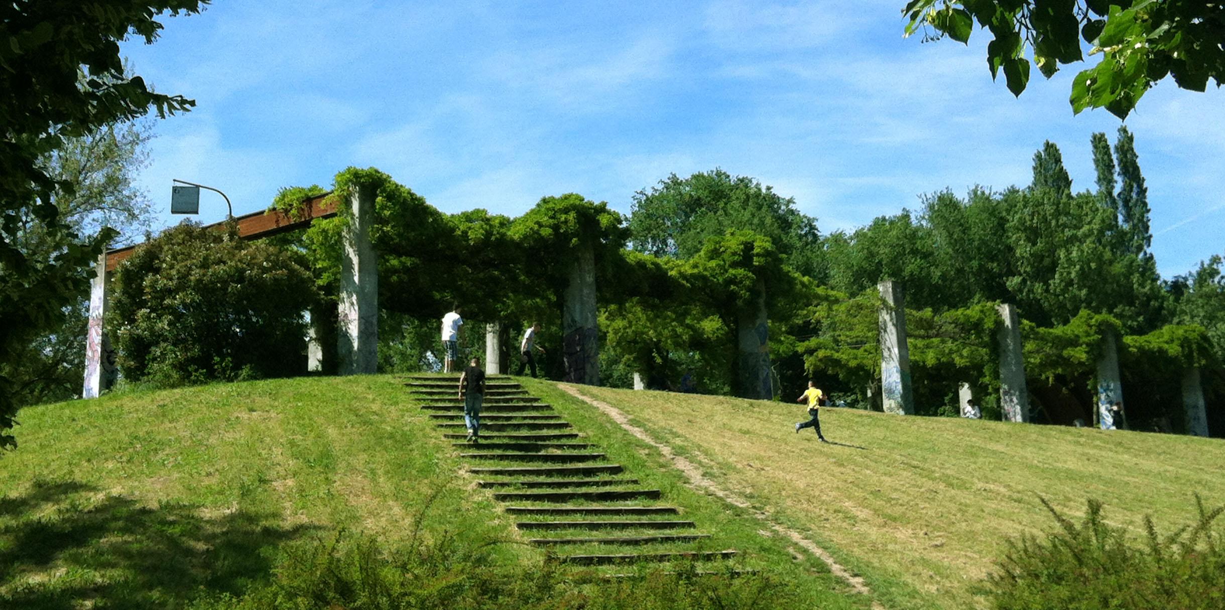 Parco Nord Milano bosco Gucci