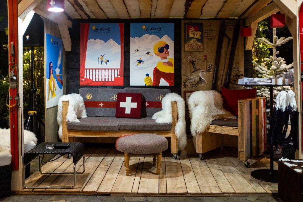 Swiss Winter Lounge aperitivo svizzero in terrazza con chalet in legno YOUparti milano palestro