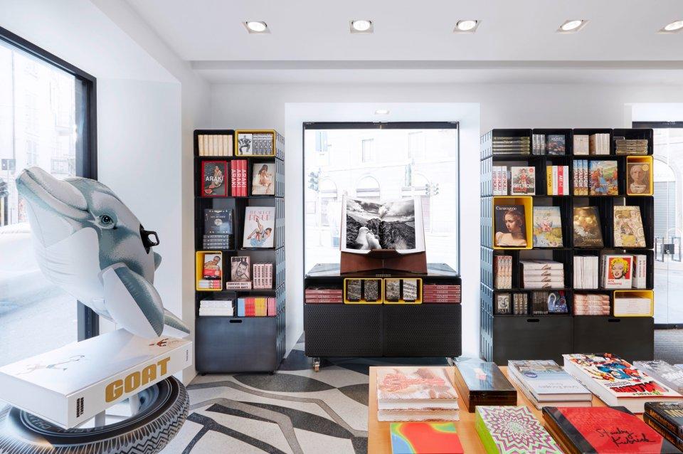 Taschen Winter Sale Preview Via Meravigli Milano YOUparti