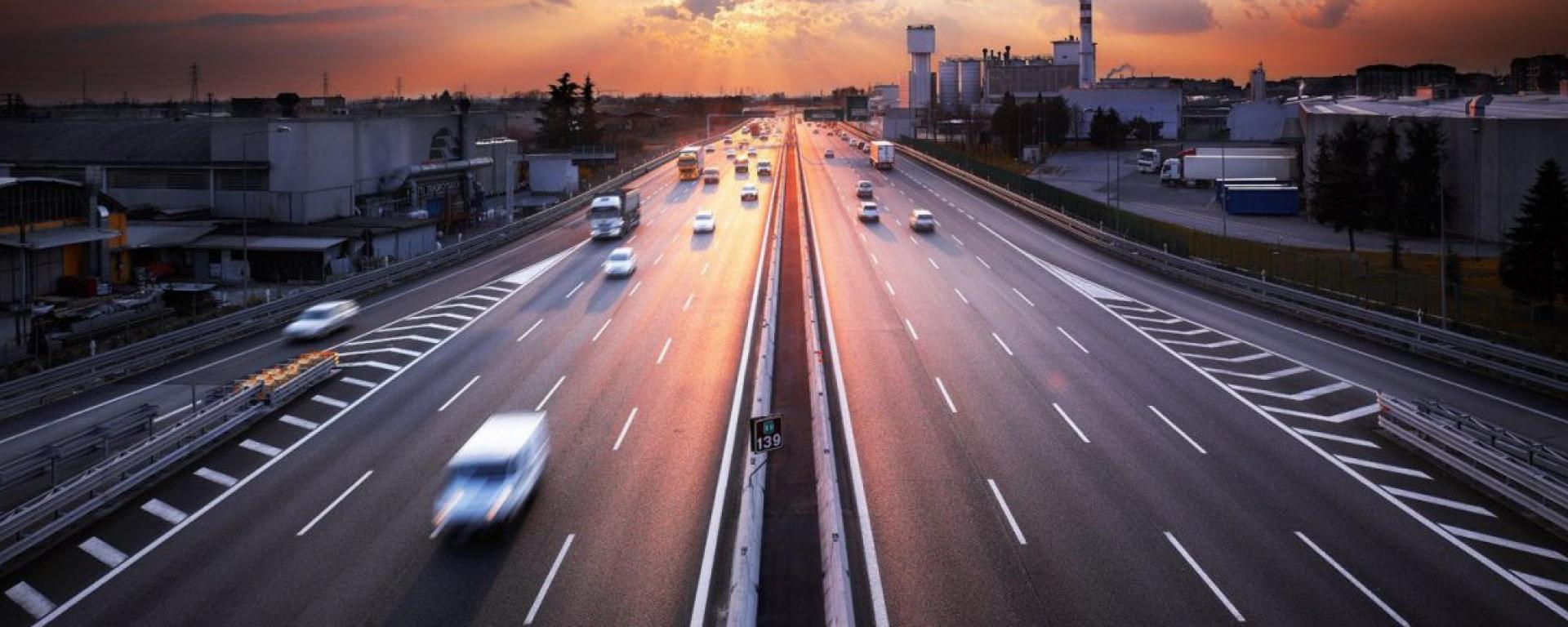 Autostrade blocco traffico Milano