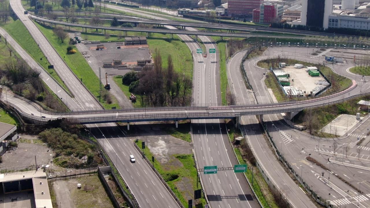 Autostrada deserta video drone