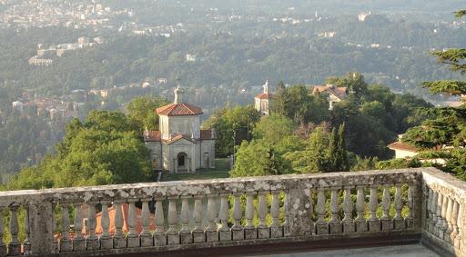 10 POSTI dove FUGGIRE dal mondo restando in LOMBARDIA YOUparti Sacro monte di varese