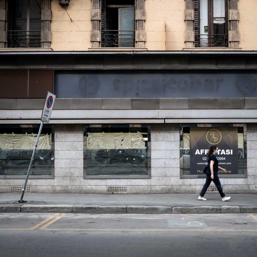 Milano, negozi falliti e catene dimezzate: viaggio tra chi si è già arreso YOUparti