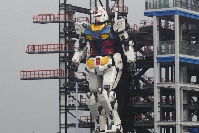 Il robot Gundam diventa realtà e muove i primi passi. Il video YOUparti
