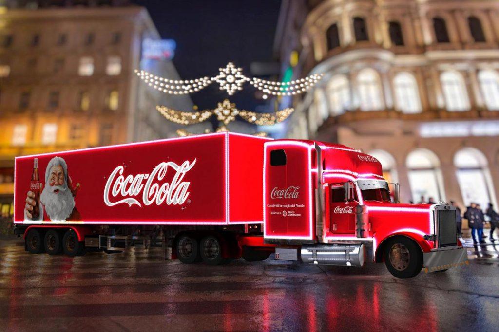 Coca Cola realizza l'albero di Natale a Milano