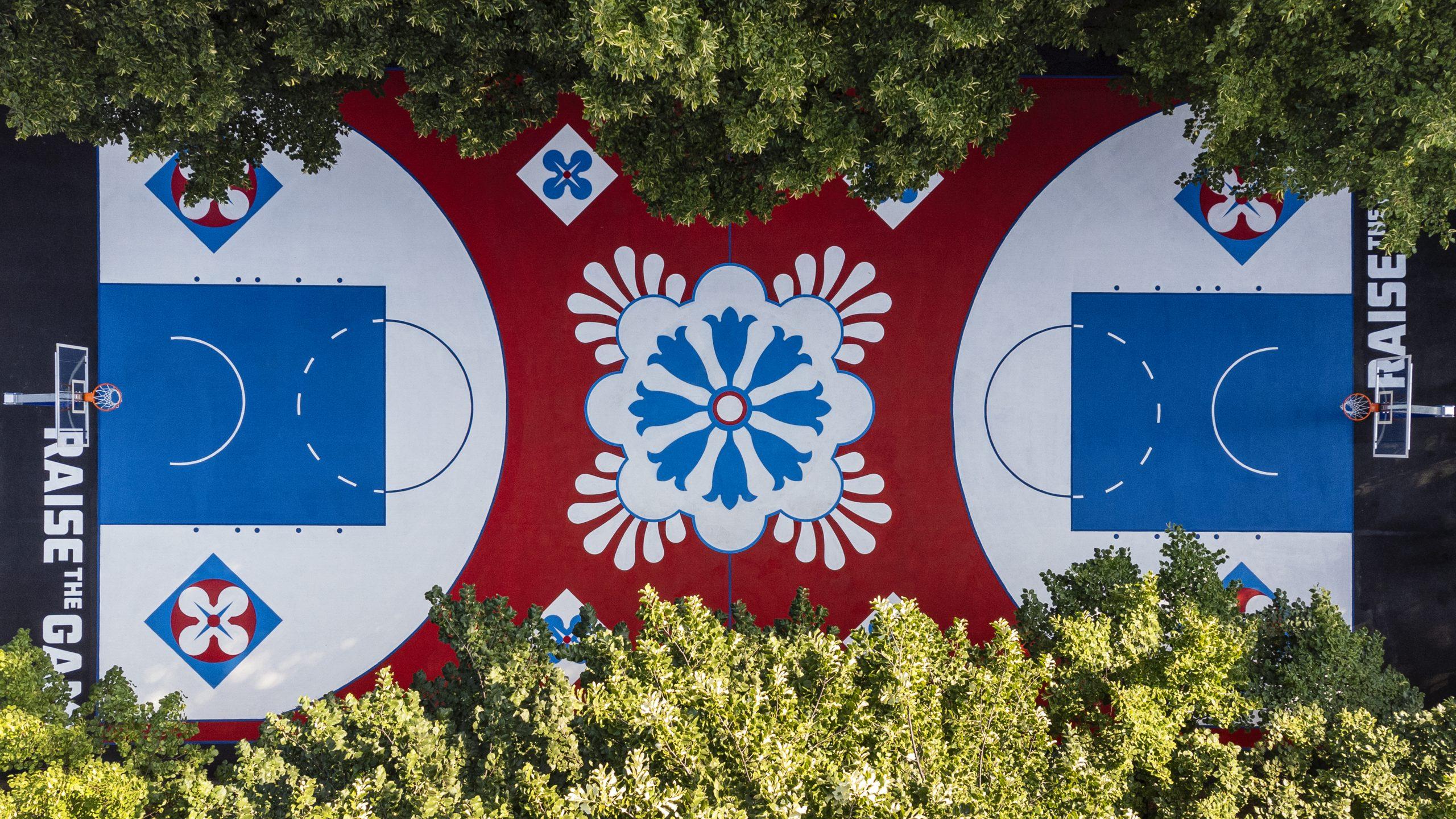 Foot Locker Europe presenta il suo nuovo campo da basket a Milano YOUparti